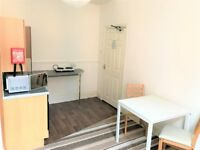 Modern Clean City Centre Apartment, All Bills Inclusive,Fully Furnished, Flexible Tenancy Agreements
