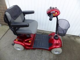 4.5 mph mobility scooter excellent condition ready to use good battery