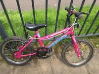 Girls bikes suit age 5-7 yrs