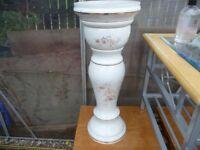 Ceramic plantpot holder (butterfly make)