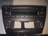 BMW 1 3 SERIES E87 E91 E90 RADIO CD PLAYER PROFESSIONAL HEAD UNIT With Original Casing for aircon!