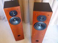 Triangle Zephyr XS Floorstanding Speakers