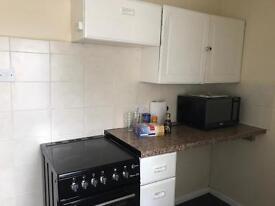2 bedroom flat for rent in heavitree road