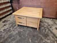 Oak Furnitureland Large Coffee Table Solid Oak (Delivery Available)