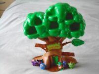 Moshi Monster Play Treehouse & figures
