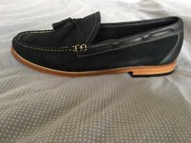 Weejuns Larkin Reverso loafer shoes size 8