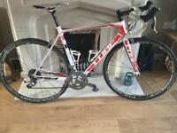 Cube Agree Carbon Road Bike. 56cm Frame