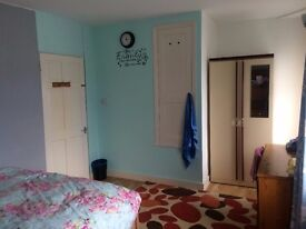 A Spacious Double Bedroom To Rent in Gravesend bills inc.£450 pm