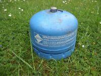Campingaz 904 Bottle Full Cylinder 1.81 kg Butane Camping Gas. Includes Cap / Handle