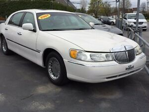 2001 Lincoln Town Car Cartier 44123 KM