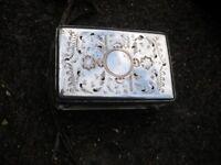 A ART DECO CHROME AND GLASS PERFUME BOX 4X2X1 INCHES