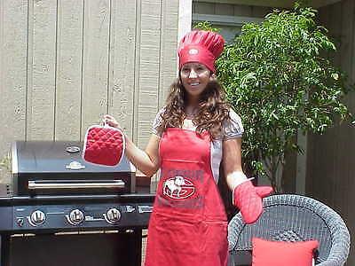 University of Georgia Bulldogs Football Chef Set (Georgia Set)