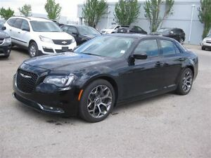 2015 Chrysler 300 S-AUTO-LEATHER-SUNROOF-NAV