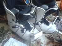 BOOTS SNOWBOARDING SKI WINTER SPORT SHOES WHITE NORTHWAVE MP275 8 /8.5/9/9.5