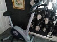 Ennis fitness exercise bike