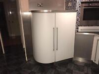 Siemens integrated tall fridge with surrounding kitchen unit