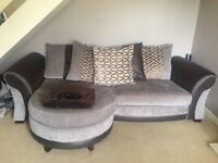LARGE DFS 4 SEATER PILLOW LOUNGER & LARGE 2 SEATEE SOFA **EXCELLENT CONDITION**