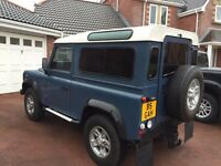 Land Rover Defender 90 Hard Top 300TDi - County Spec VGC