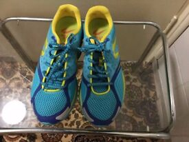 Brand new Hello Better trainer in very good condition size 5