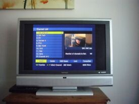 """VIEWSONIC N3260w 32"""" Widescreen High Definition LCD TV & Philips Freeview Receiver..."""