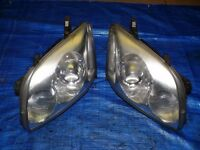 A pair of Right hand drive UK model headlights for Toyota Avensis T25 2003 - 2008 RHD