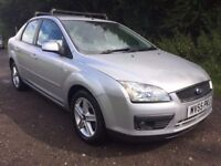 2005 55 FORD FOCUS 1.6 TITANIUM 4 DR SALOON LEATHER INTERIOR