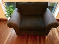 2 Seater Sofa / Love Chair