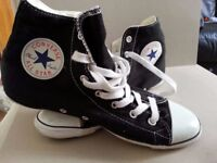 Ladies Black Converse Boots Size 5,5 - slightly used