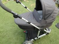 MAMAS AND PAPAS ZOOM TRAVEL SYSTEM EXCELLENT CONDITION