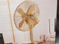 Metallic fan (brand new)