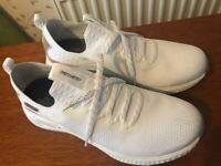 Ladies Trainers (Sketchers) Brand New Size 8