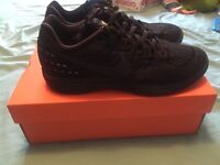 Men's Nike Trainers size 8. BRAND NEW