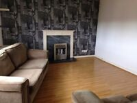 Bright 1 bedroom flat available