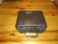 Peli Protector 1300 27x25x17 cm watertight, crush and dust proof hard case