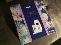 Brand New Nivea Moisturizing Bath Set