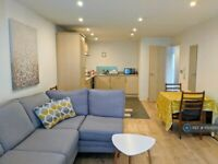 1 bedroom flat in The Bar, Newcastle Upon Tyne, NE1 (1 bed) (#1150500)