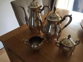 Tea/coffee servers