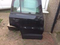 VOLKSWAGEN TIGUAN O/S DRIVER SIDE REAR GENUINE COMPLETE DOOR BLACK