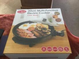 Quest multi function electric cooker, new £17