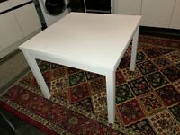 white dining table like new
