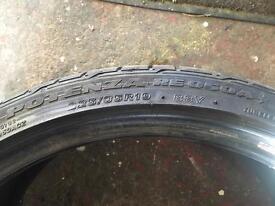 225 35 19 Bridgestone Potenza RE050A Run Flat Tyre