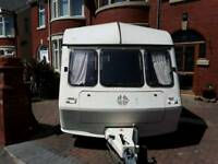 Great 1 st caravan ready to go