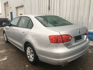 2013 Volkswagen Jetta Trendline *HEATED SEATS* Kitchener / Waterloo Kitchener Area image 3