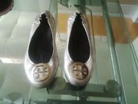Authentic Tory Burch Reva Flat Silver