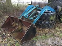 Horndraulic loading arms to suit Fordson tractor