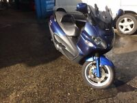 Piaggio X9 Scooter in good condition for year.