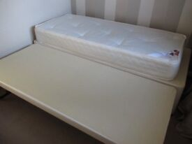 Single Bed with Trundle Bed beneath