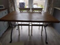 DINING TABLE 4-6 SEATER