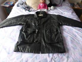 lovely mens black leather jackte M/LARGE