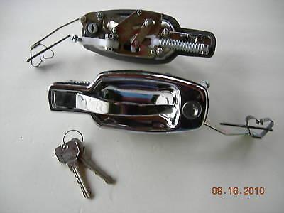 TRIUMPH SPITFIRE DOOR HANDLE PAIR HANDLES 71 - 80